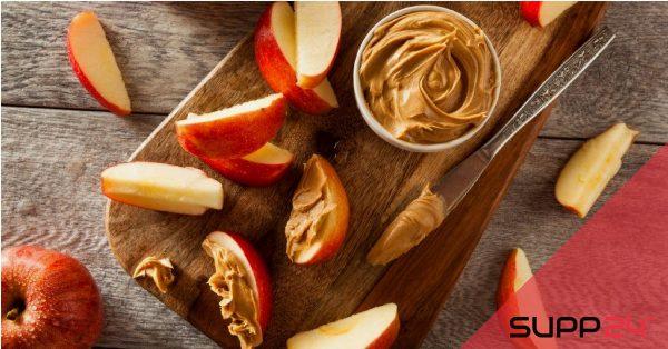 Snack voor onderweg: Appelpartjes met pindakaas